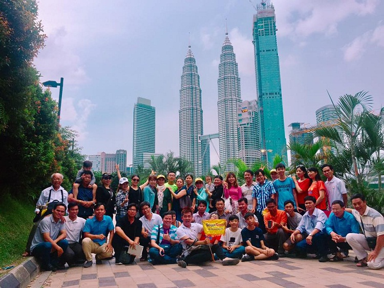 toa thap doi Petronas Twin Tower
